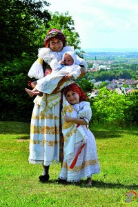 Srpen - Velký Týnec - folklorní soubor Týnečáci